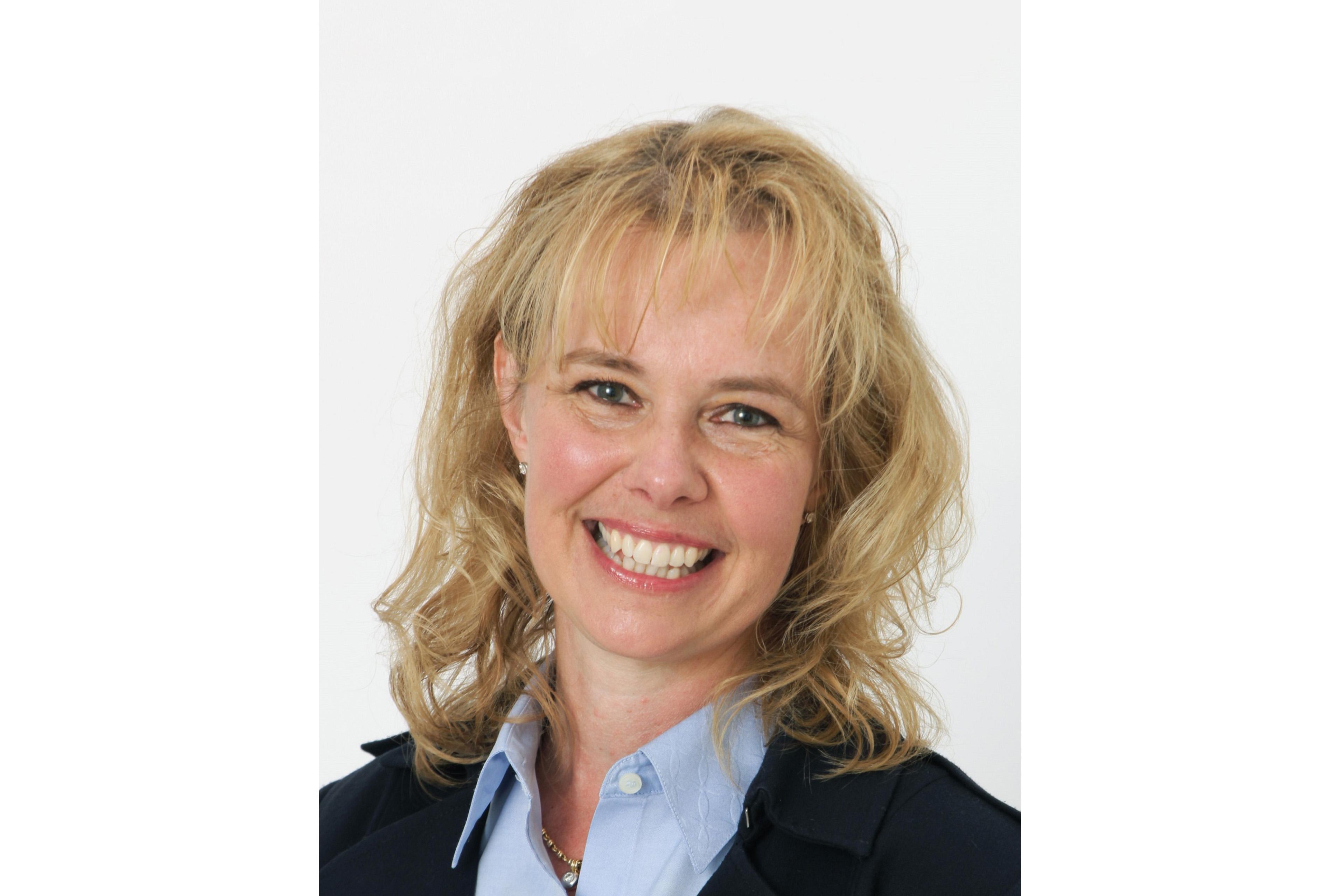 A photographic portrait of Dr. Christina Lampe-Önnerud
