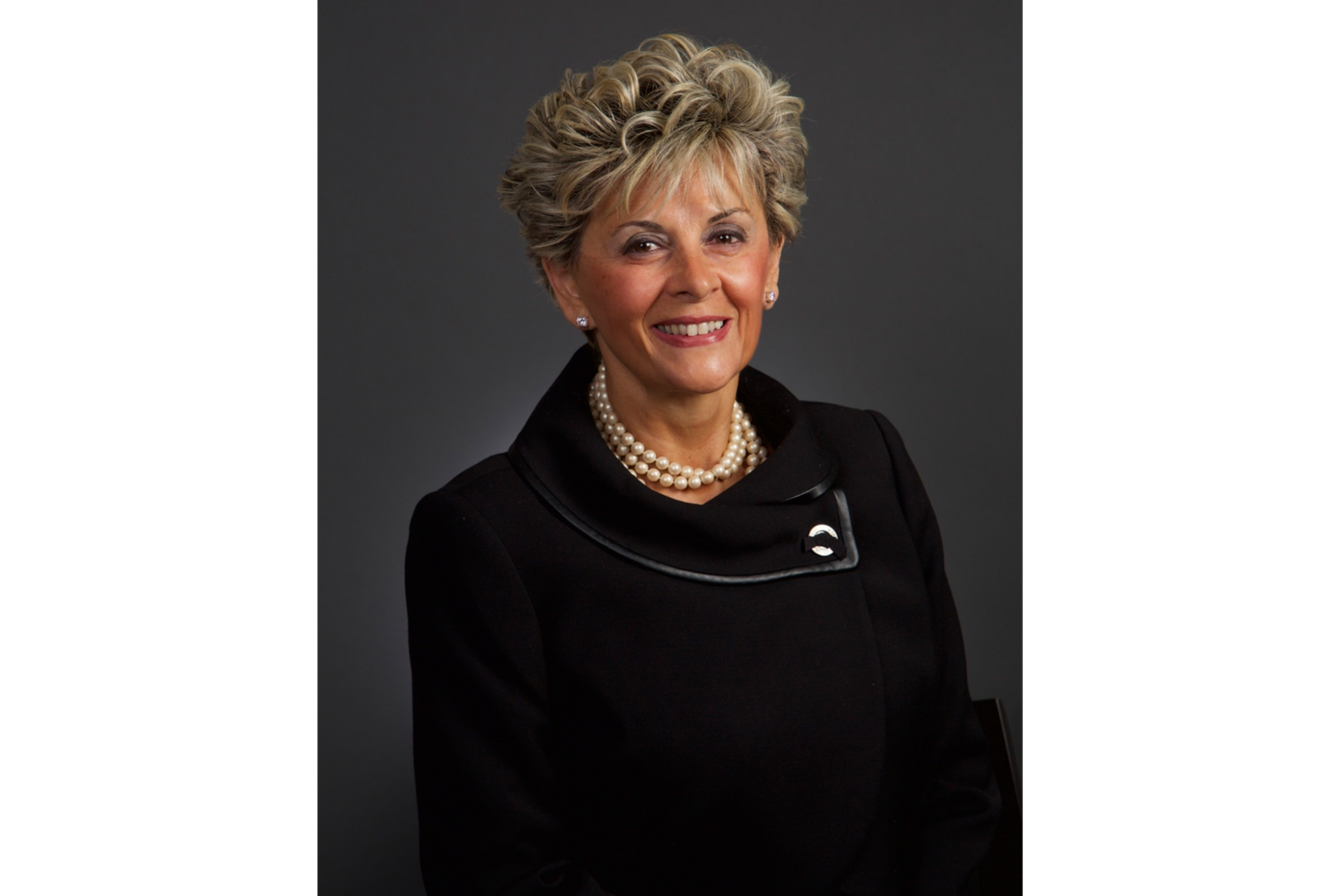 Speaker Rebecca Macdonald