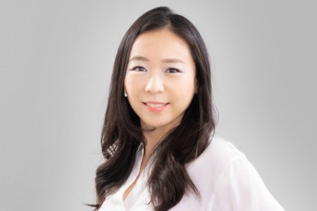Photographic portrait of  Ayako Ishikawa