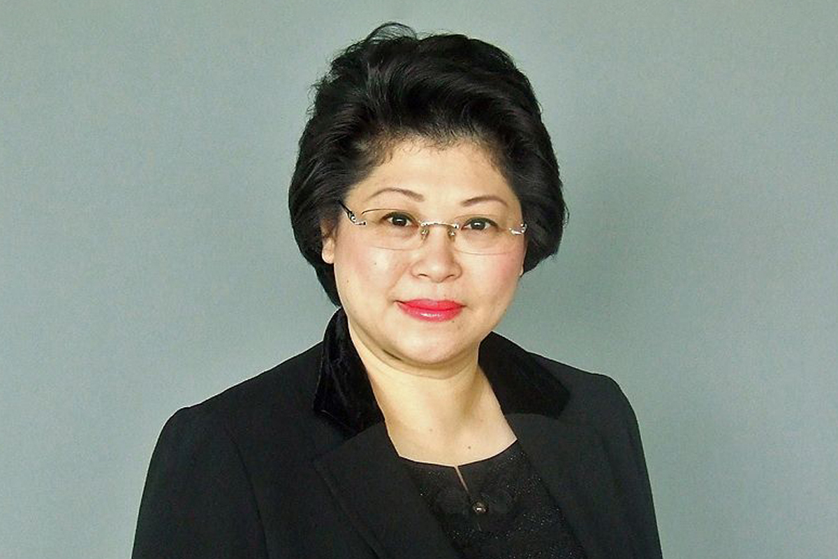 Photographic portrait of Susan Chong