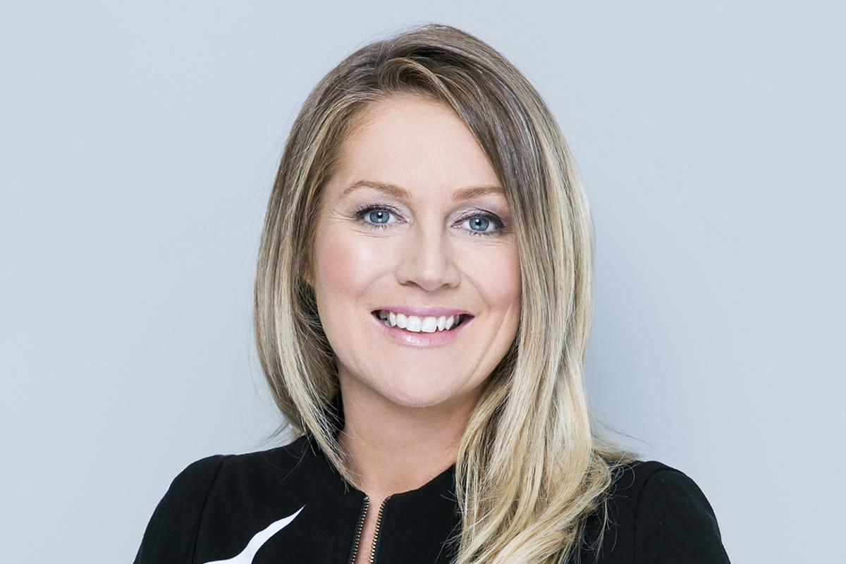 Photographic portrait of Tammy Barton