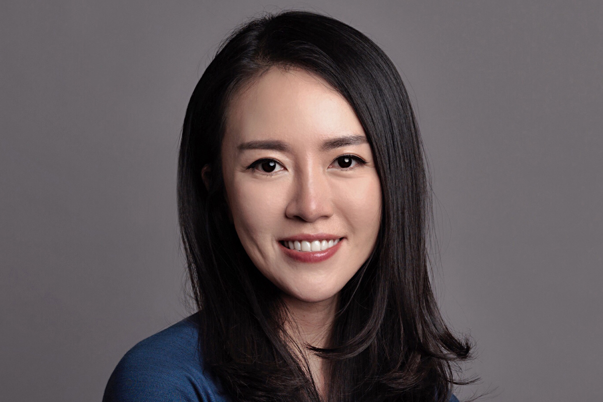 Photographic portrait of Wendy (Xiao) Wang
