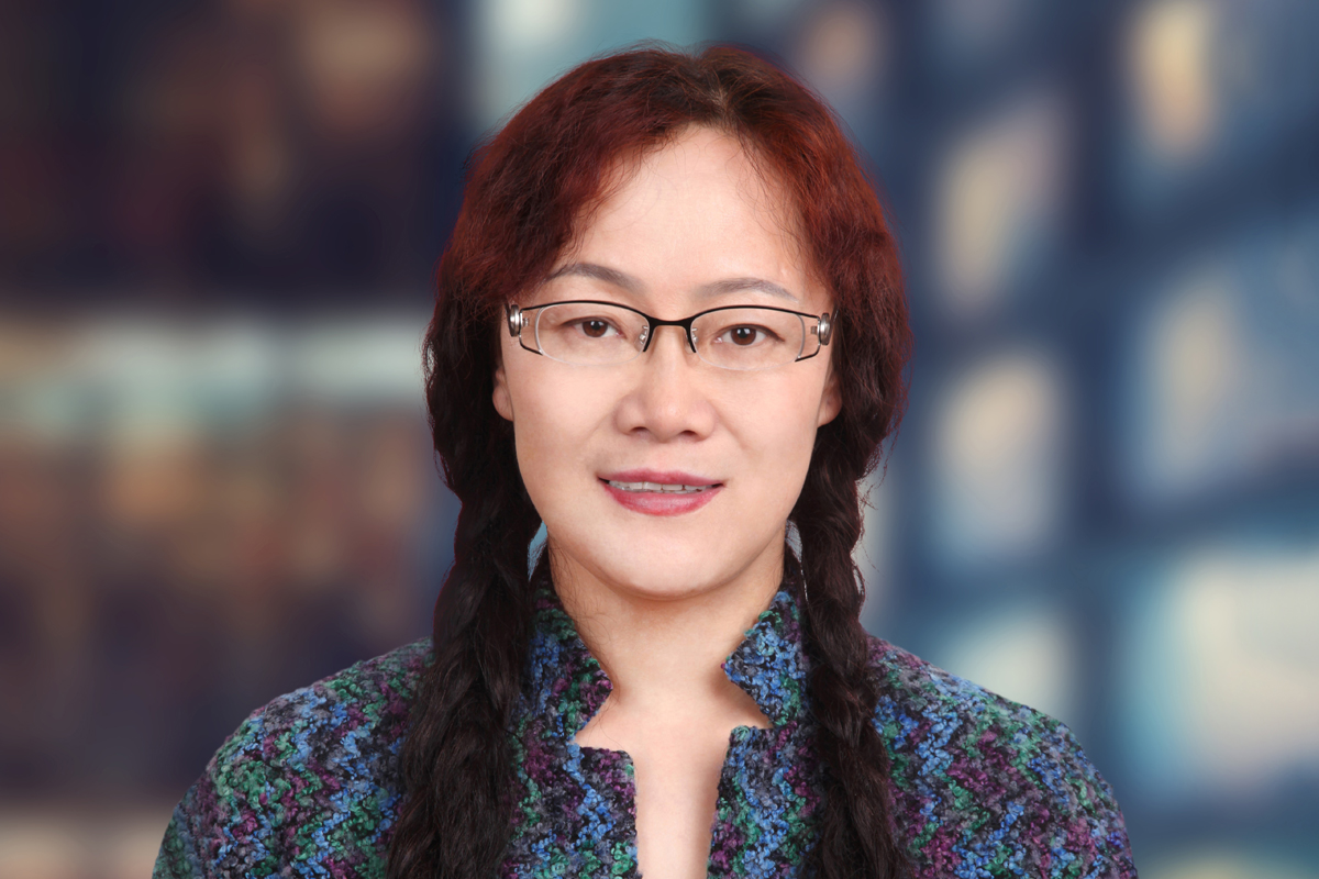Photographic portrait of Jinye Qu