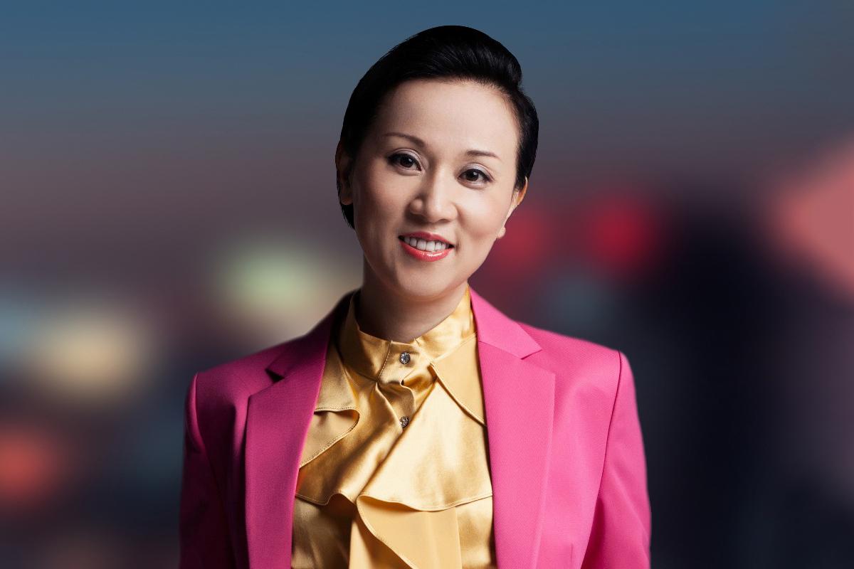 Photographic portrait of Mei Qing