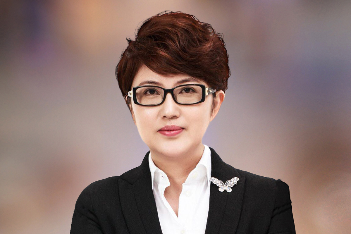 Winning women Asia-Pacific Lucy Liu