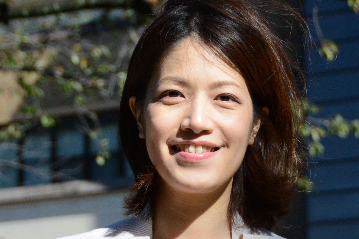 Photographic portrait of Shiho Azuma
