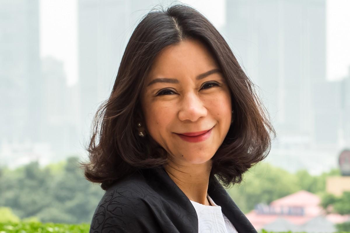 Photographic portrait of Chantra Pongsri