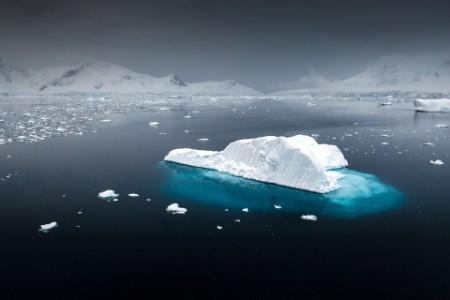 Iceberg float sea mountains
