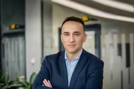 Photographic portrait of Akos Demeter