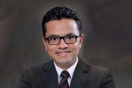 Photographic portrait of Yatin Patil