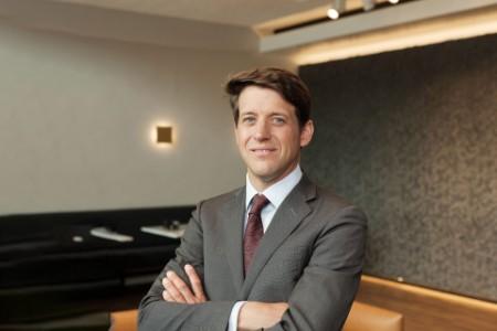Photographic portrait of Bram Kuijpers
