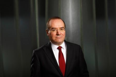 Photographic portrait of Alexandru Lupea