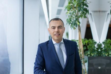 Photographic portrait of Gelu Gherghescu