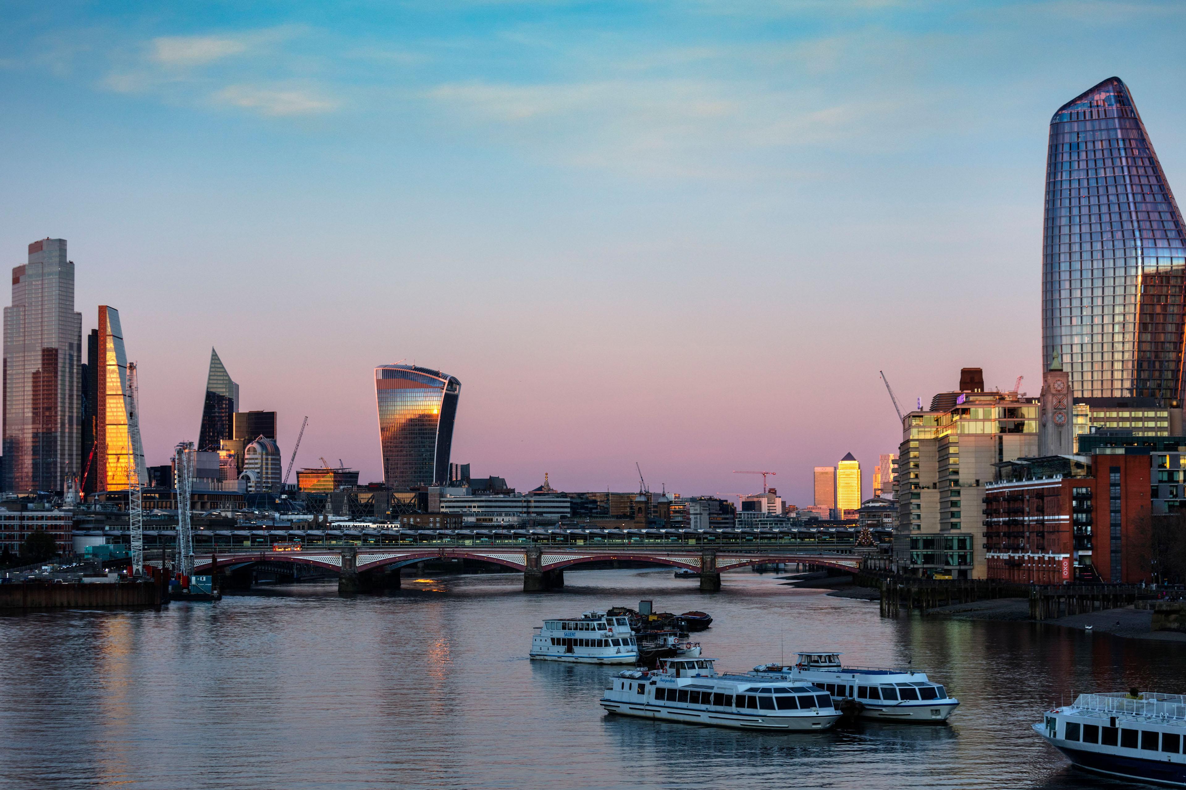 London - UK - World for Travel