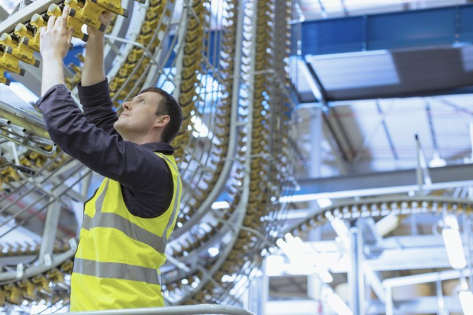 Purchasing managers report most significant improvement in UK manufacturing activity since 2011 – EY ITEM Club comments