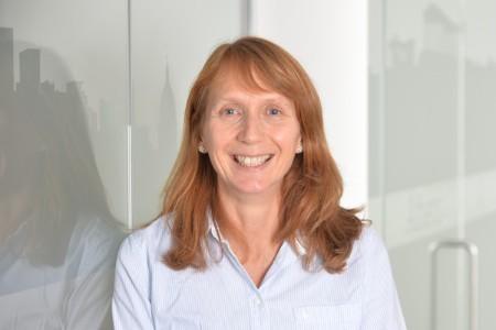 Photographic portrait of Dr. Liz Campbell