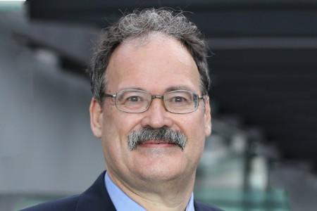 Photographic portrait of Howard Archer