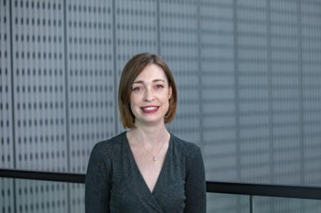 Photographic portrait of Rosanna Lander