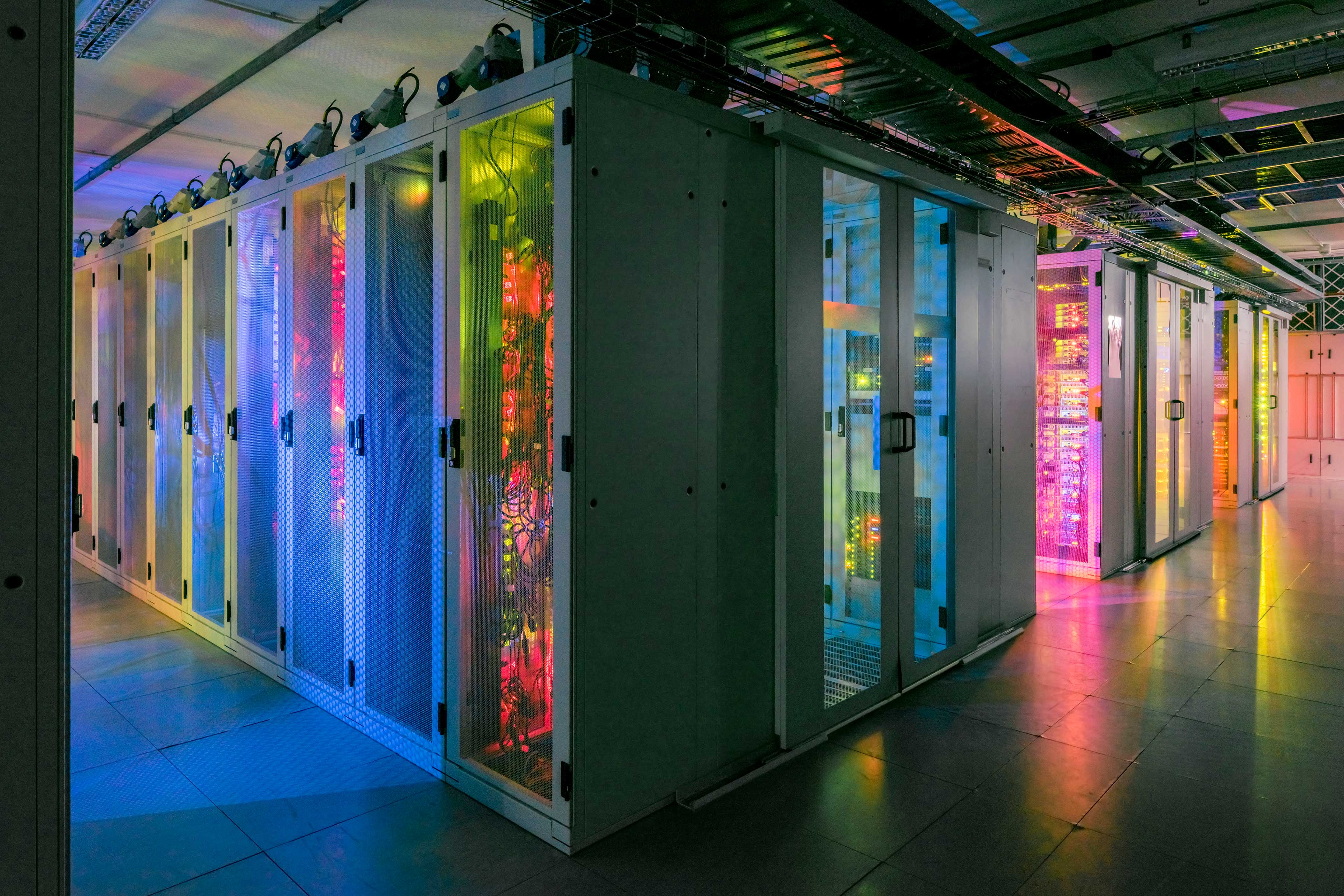 EY - Bright colours in data centre