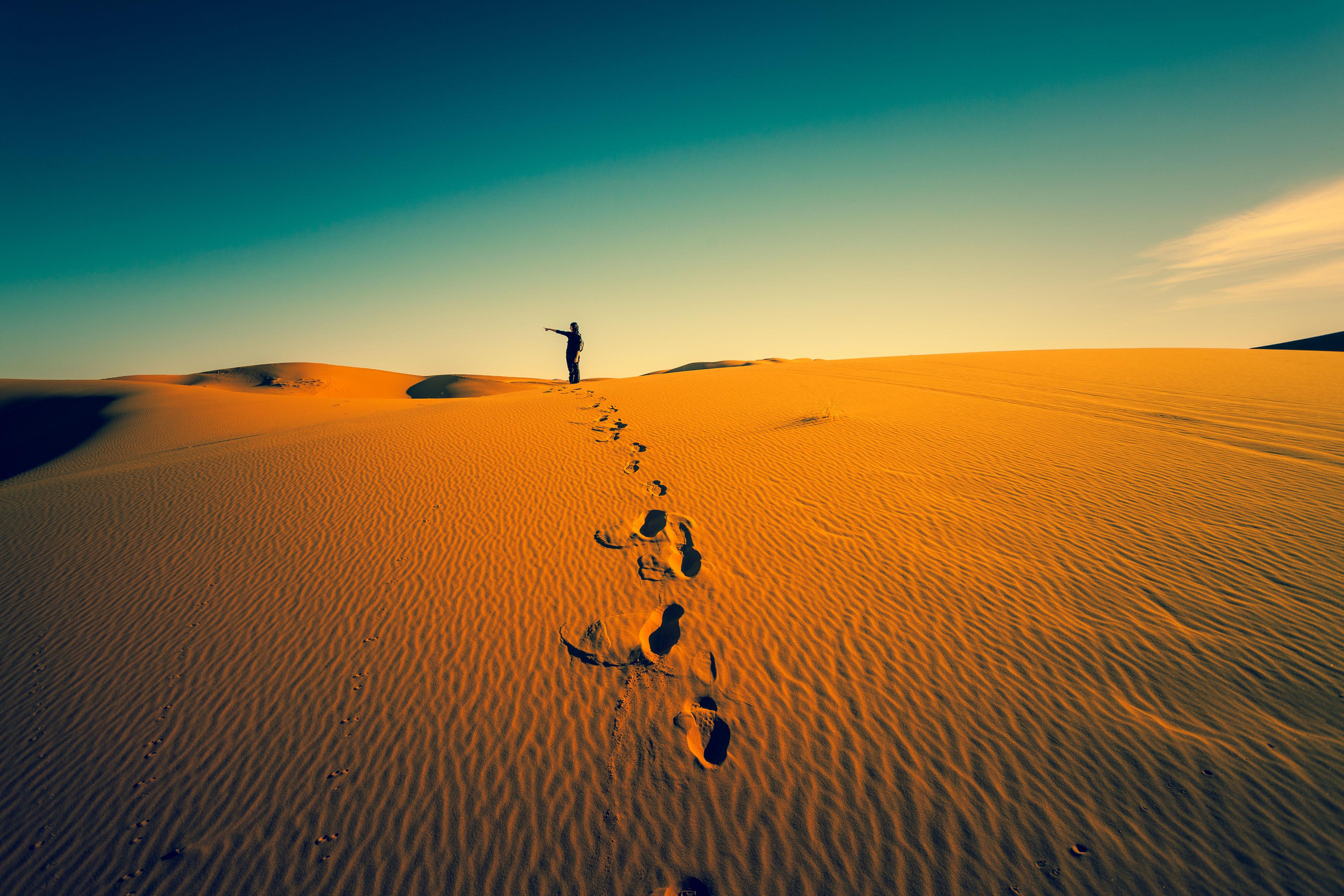 Adventure in the Desert  Getty-180816590