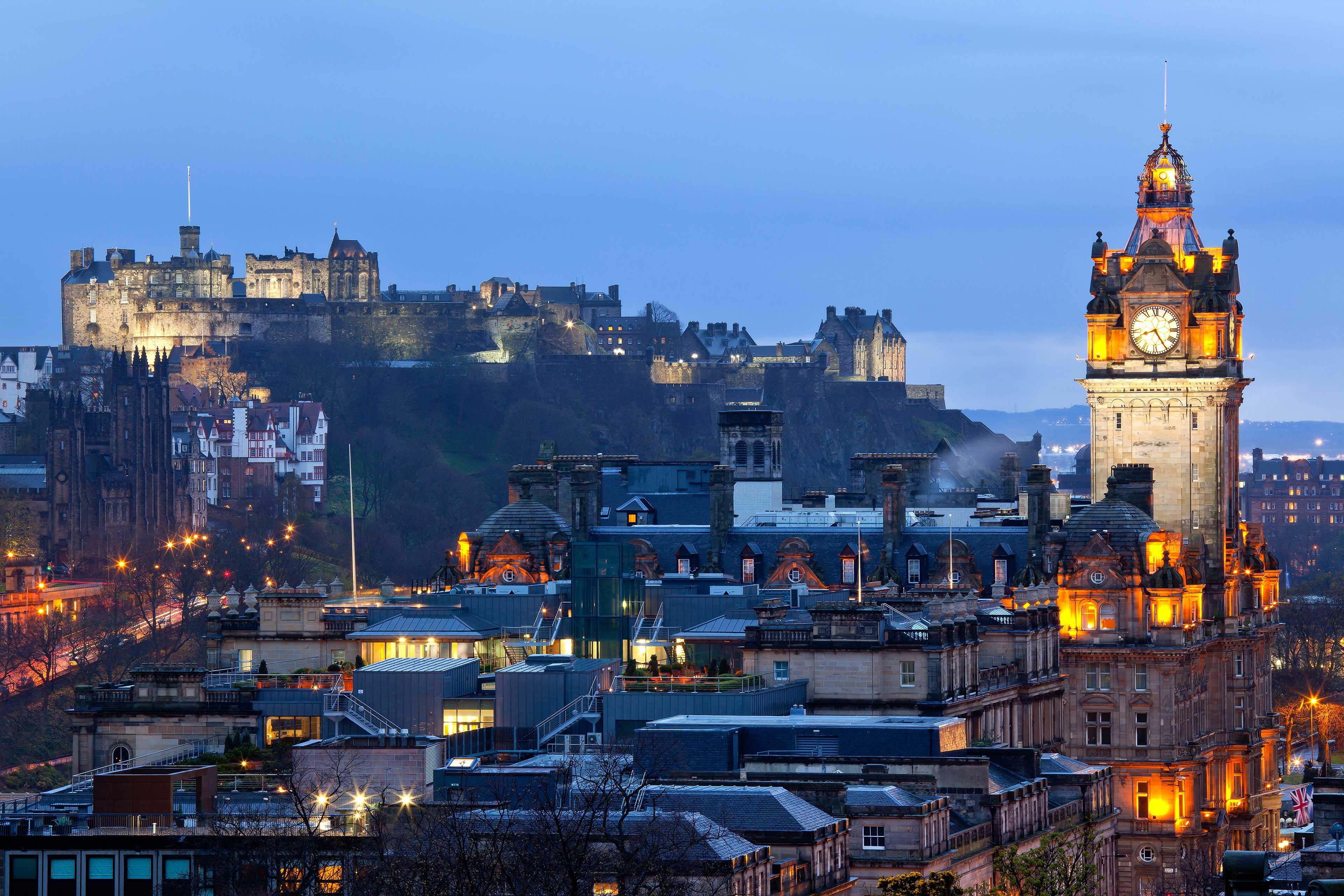 EY - Edinburgh Castle