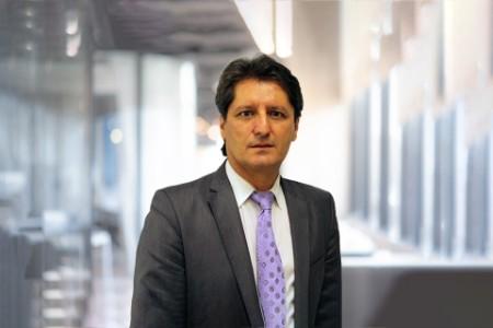 Photographic portrait of Hakan Civi