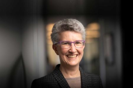 Photographic portrait of Janine Guillot