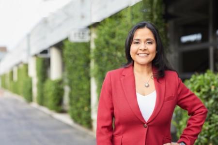 Nikki Barua alumni