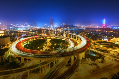 AL-FRD-Illuminated road