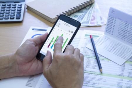 Analysing saving on phone