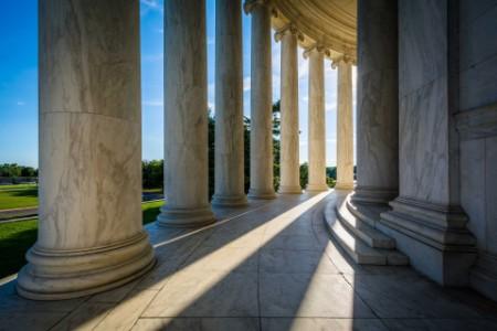 EY - Pillars of the thomas jefferson memorial