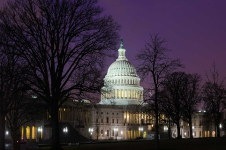 EY - US capitol building at night