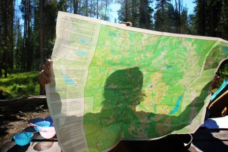 EY - Man holding a map