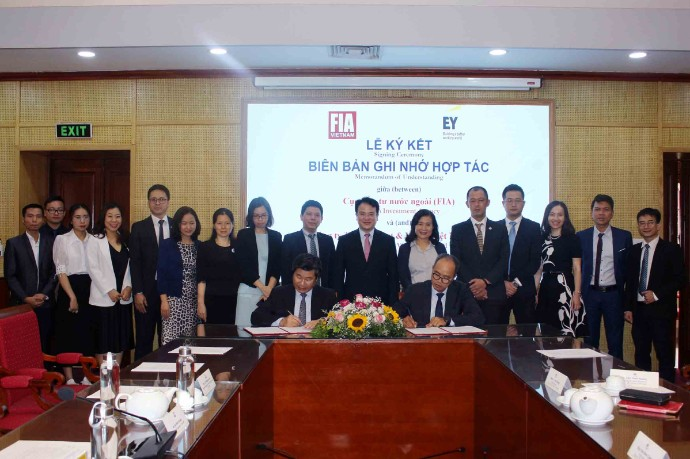FIA and EY Vietnam sign MOU on attracting FDI into Vietnam