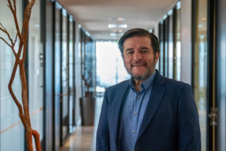 ey-chile-andres-marchant-people-profile-v1-20191209