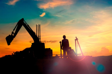 ey-construction-equipments-silhouette-on-sunset