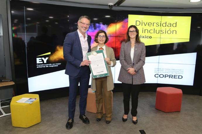 Firman EY México y COPRED el Gran Acuerdo por el Trato Igualitario