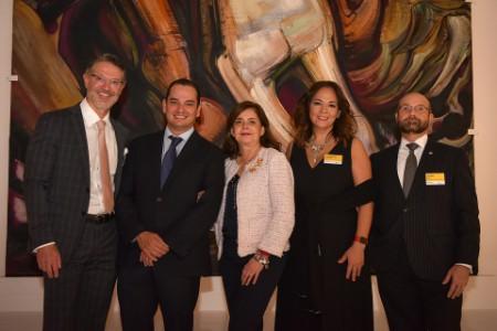 Víctor Soulé, Rafael Gómez Nava, Mónica Flores, Guadalupe Castañeda y Emilio Díaz