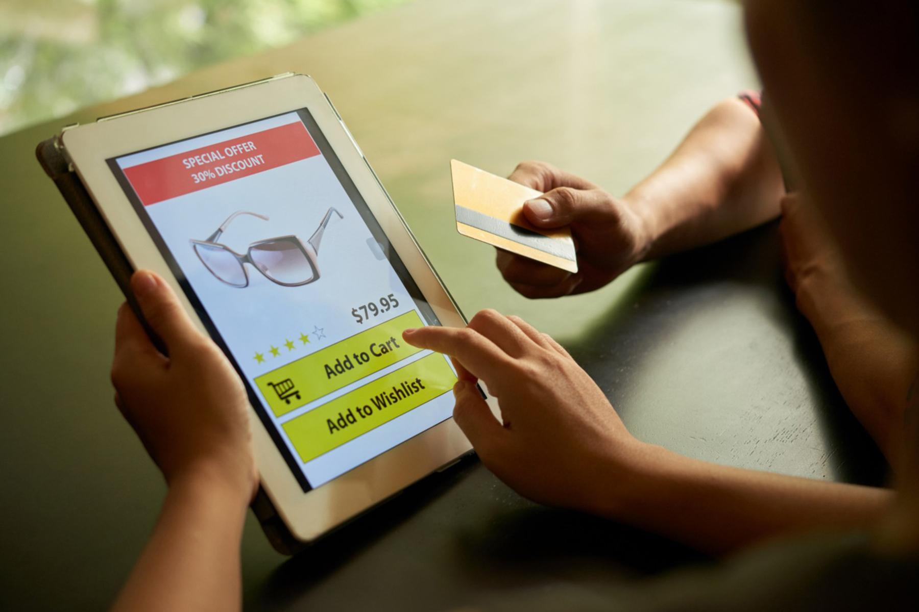 """El """"tsunami"""" del comercio electrónico y el Derecho de la Competencia"""