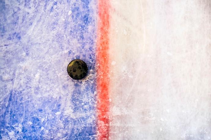 Jääkiekon SM-Liigaseurat selvisivät yleisörajoituksista tukien, sopeutusten ja ottelutapahtumista syntyneiden säästöjen avulla