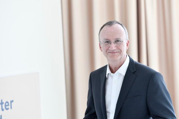 Bruno Bousquié prend la responsabilité  de l'activité Strategy & Transactions pour la France