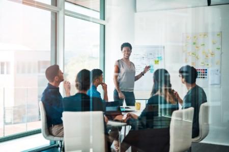 Améliorer l'expérience client par une externalisation agile, engagée et responsable