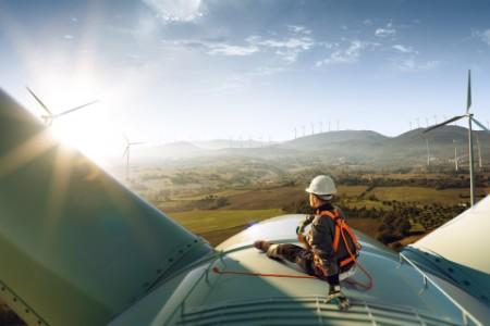 Attractivité : la France tire son épingle du jeu dans les énergies renouvelables