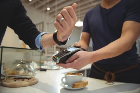 Dinamikusan nő az igény az online banki szolgáltatásokra