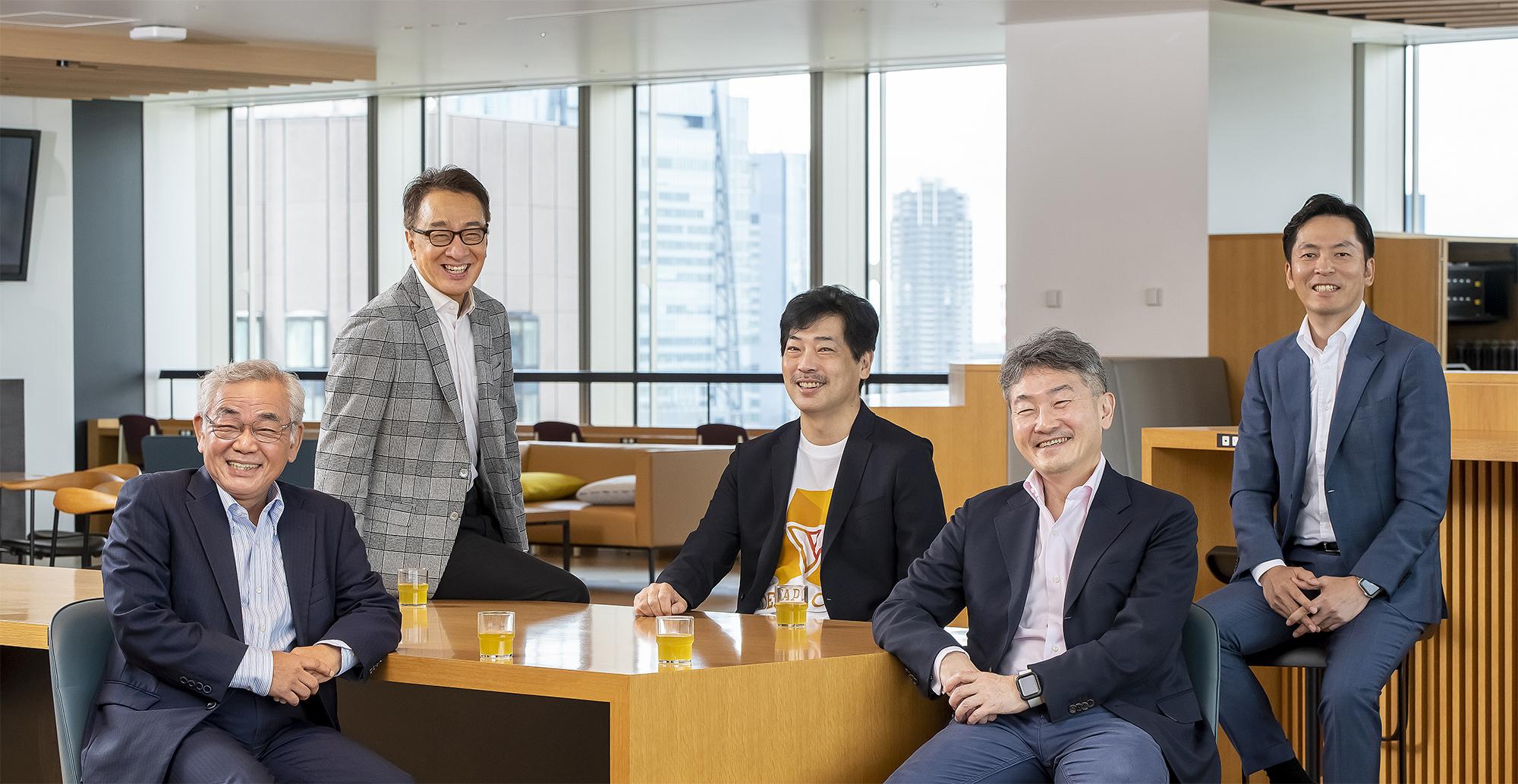 EYのテクノロジーコンサルティング部門の顧問に鈴鹿靖史氏、椎名茂氏が就任