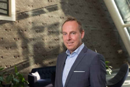Portretfoto Dennis van Krimpen