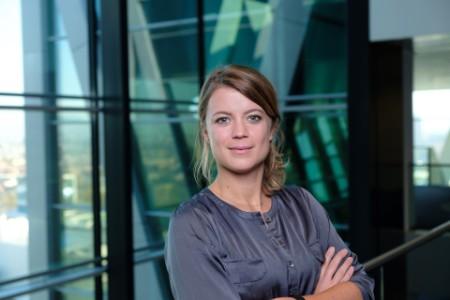Portretfoto Eline Dekker