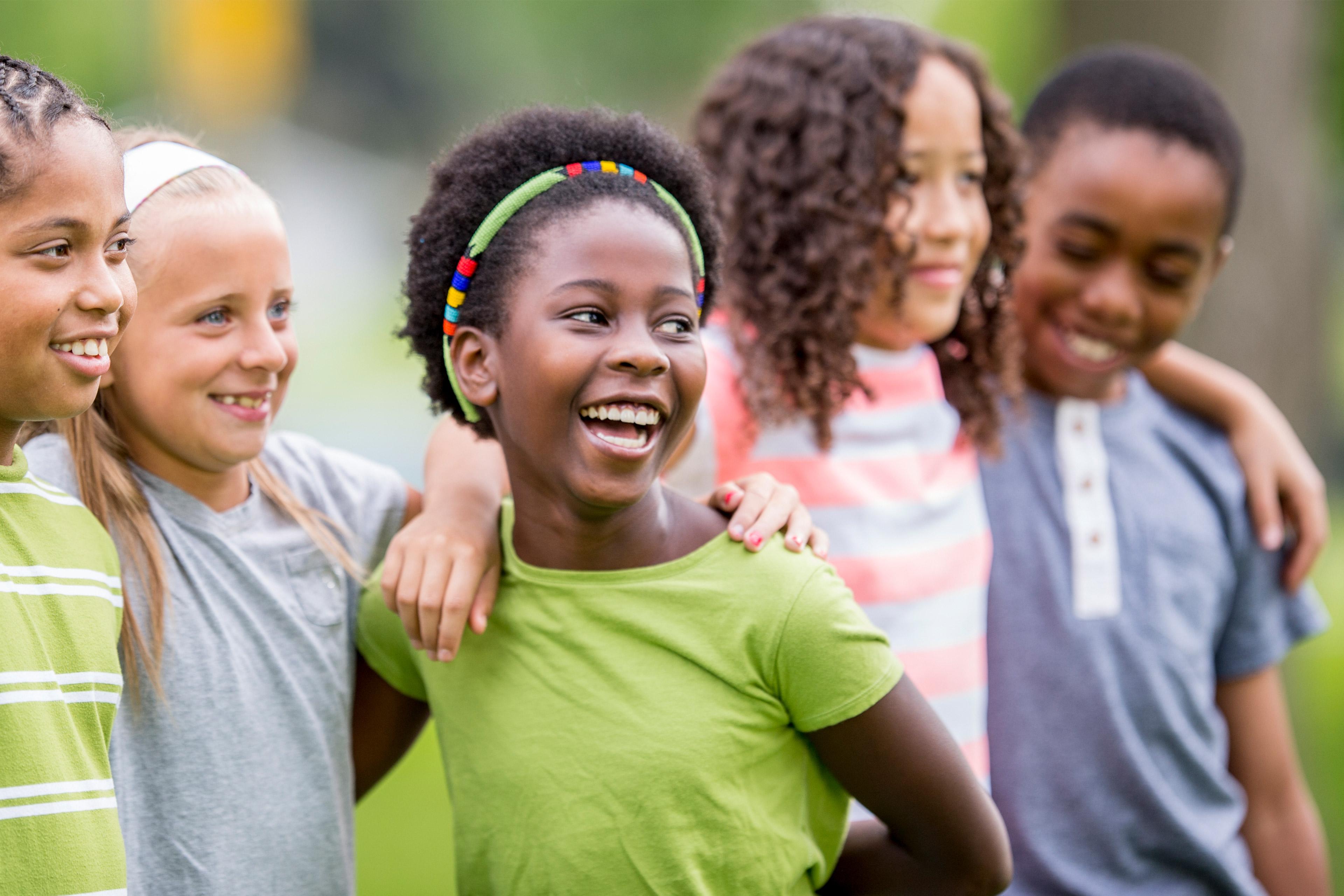 Maatschappij: Kinderen van verschillend ras