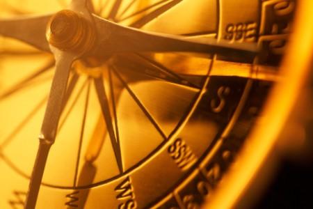 Hoe gebruikt de belegger het morele kompas?