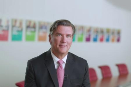 Kevin Entricken, CFO van Wolters Kluwer
